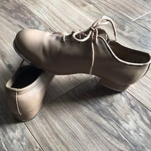 Other - EUC Tan Tap Shoes